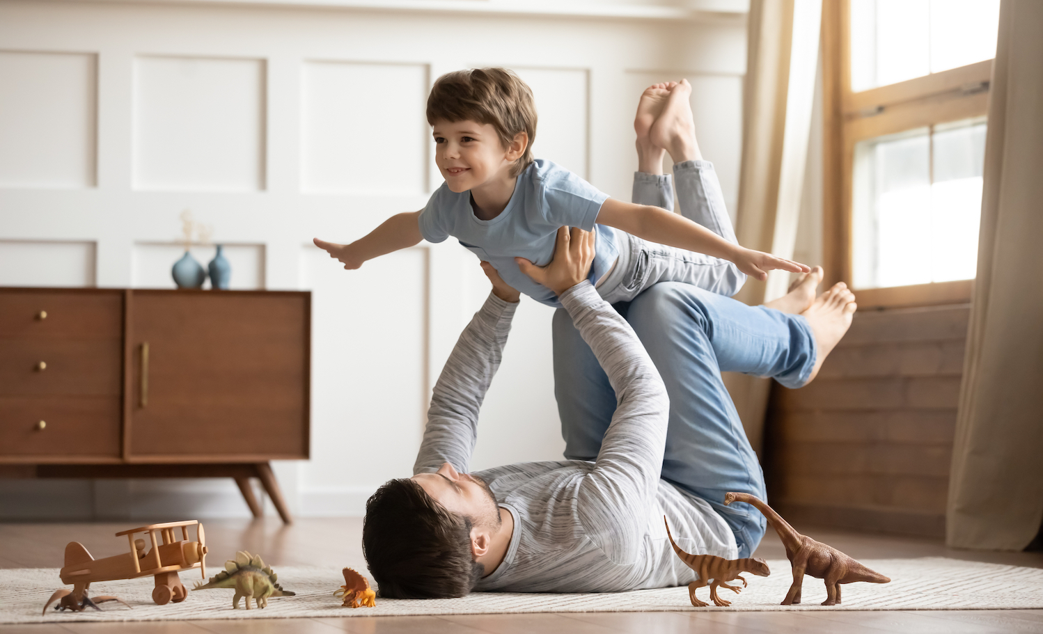 dad playing with son